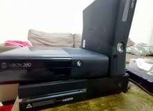 for sale Xbox one good condition and 2 Xbox 360