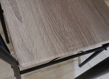 Homebox dining table used slightly