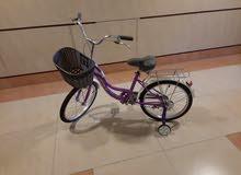 دراجة أطفال متوسطة الحجم