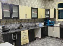 للبيع فيلا  6400 7 غرف ومجلس وصالتين وغرفةعمر 7 سنوات  الفيلا نظيفه جداً وقريبة من مسجد هاجر