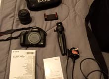 mirrorless canon EOS M50- comes with bag and stand