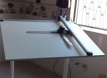 طاولة رسم هندسي