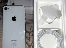 ايفون 8 مساحة 64 + ساعة ابل نايك اصدار 4 مقاس 44