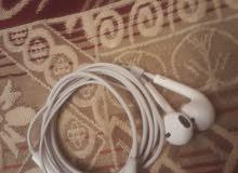 سماعات ايفون 8