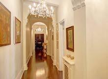 للبيع شقة في سنتر لندن 4 غرف و صالون