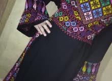 ثوب تطريز يدوي للبيع