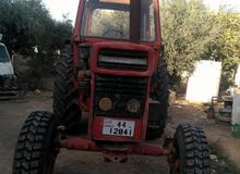 Tractor in Ramtha is available for sale