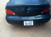 Automatic Green Hyundai 2000 for sale