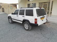 جيب شيروكي 2001 فول تماتيك ملكيه سنه عمان الامارات
