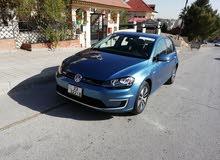 Volkswagen eGOLF 2015 PREMIUM فحص كامل كلين كار فاكس بسعر مغري