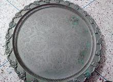صينية فضية قديمة