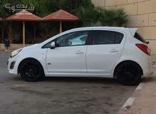سيارة اوبل كورسا موديل 2011 اللون ابيض