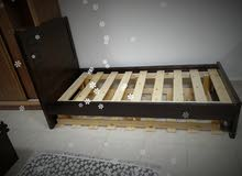 سرير مفرد بلوط