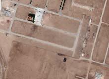 طريق المطار شارع التنموي 500م سكن واصل الخدمات بجانب فلل