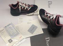 أحذية Dior العالمية قياسات محير