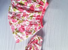 une jolie robe pour les bébé