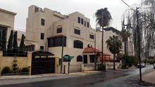 عماره سكنية للبيع في ام السماق موقع مميز