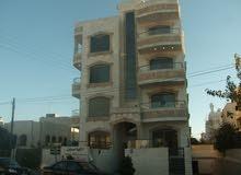 للبيع   اقساط شقة 150م  + روف في المقابلين _ حي ابو الراغب _