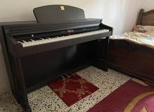 بيانو ياباني الصنع ماركة Dynatone