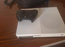 Xbox One S with Chargeable controller and 40 games