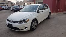 VOLKSWAGEN E-GOLF 2016 WHITE
