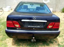 Available for sale! +200,000 km mileage Mercedes Benz E 200 1999