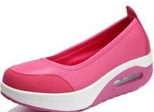 أحذية رياضية نسائية تسليم الفوري