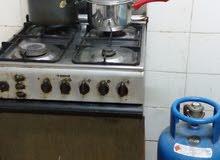 للبيع بوتاجاز 4 شعلة مع فرن + اسطوانة غاز
