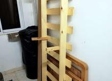 تخت خشب نوعية جيدة للتبرع