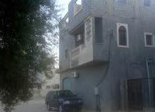 مبناء سكني واستماري من ناحية إيجار الشقق