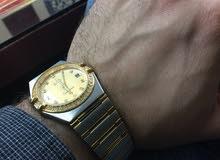 ساعه رجالي نوع اوميگا لون ذهبي كوبي صنع  نوعيه جيده وحجم مناسب