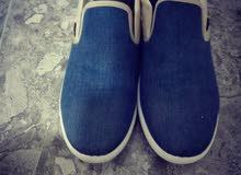 خذاء (casual)ملبوس 3 مرات فقط
