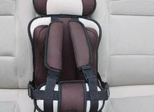 مقعد سيارة لاطفال