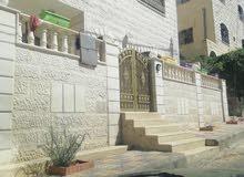 شقة ارضية للايجار في الزرقاء جبل طارق تلفون 0796930938