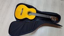 جيتار ياماها C70