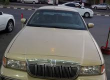 Automatic Gold Ford 1998 for sale
