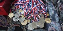 ميداليات رياضيه مشكله للبيع