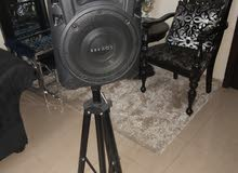 very high and smooth sound speaker in good condition