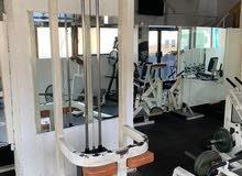 معدات صالة رياضية للبيع