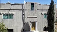 منزل بناء 2006 يقع في مأدبا ذيبان الشقيق للجادين فقط ... رقم 0777722261