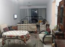 شقة للبيع بموقع مميز بكورنيش المعادي