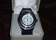 ساعة كوارتز جديدة بعلبتها للبيع بسعر مش معقول