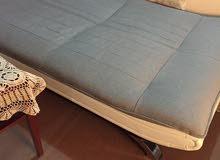 للبيع صوفا سرير بحاله ممتازه