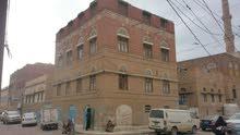 بيت حر 3 لبن على شارعين في حي شعوب صنعاء ب550 مليون