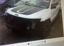 سيارة جيب جراند شيروكي موديل 2017