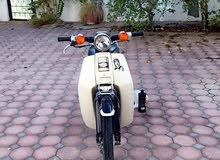 للبيع دراج هوندا 90 سي سي مع اورقة