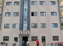 اغتنم الفرصة شقة للبيع  ( المدينة الرياضية) _ مساحة 133 متر_  منطقة مخدومة