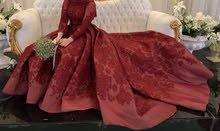 فستان للبيع تصميم أحمد العقاد