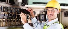 كهربائي تمديدات وصيانه منزلي وصناعي