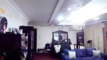 شقة ارضية معلقة بضاحية الرشيد قرب اميمة للبيع من المالك
